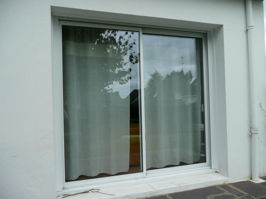 Atoutbaie vannes articles for Changer porte de garage en porte fenetre